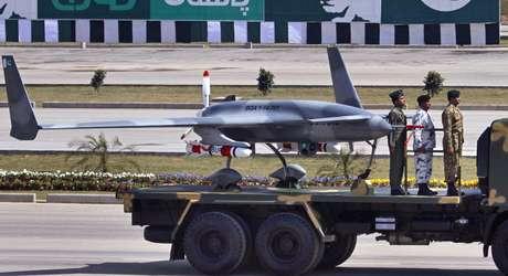 <p>O drone foi apresentado durante a parada do Dia da República do Paquistão</p>