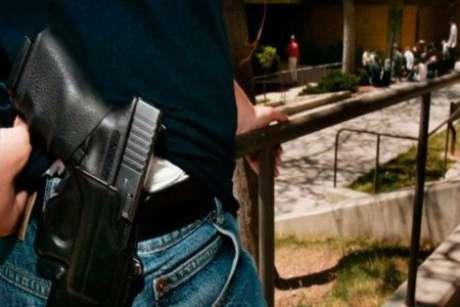 """Entre enero y febrero del 2014 se desintegraron 29 grupos del crimen organizado, de los cuales 23 estaban afiliados a """"La Familia Michoacana""""."""