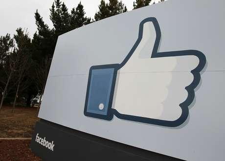 <p>Zuckerbergtem conversado com os responsáveis de grandes sites, como<em>The New York Times,</em><em>National Geographic</em>e<em>Buzzfeed</em></p>