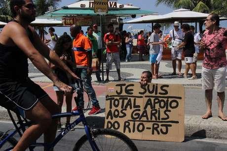 Garis protestaram neste domingo no Rio