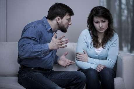 La conversación es una forma de comunicación exclusivamente humana, porque requiere del lenguaje oral y cumple una función de socialización, ya que permite la integración de una persona con otras.