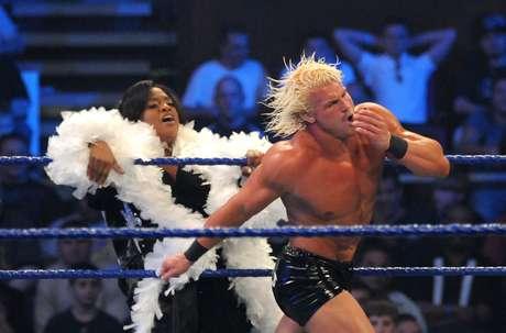 <p>Galã, Dolph Ziggler tem muito talento e é um dos lutadores mais técnicos da WWE</p>