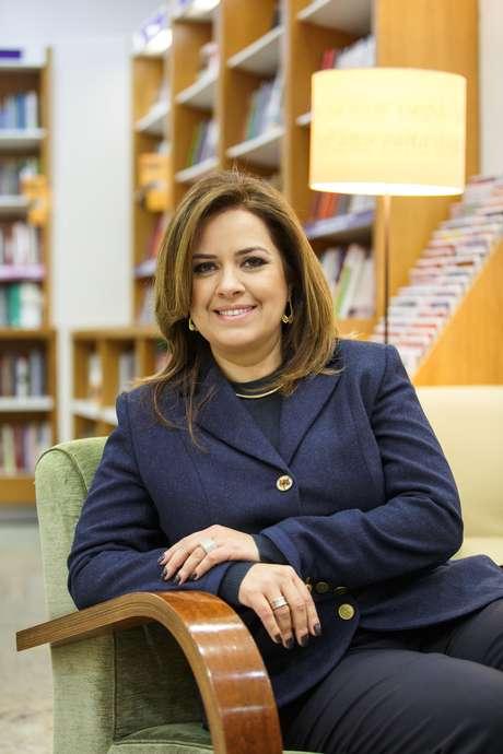 <p>Lara Selem, da Selem & Bertozzi Consultoria, diz que empresa optou por lançar franquia porque as faculdades brasileiras não preparam os futuros advogados para serem empreendedores</p>