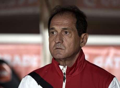 Muricy Ramalho fez alterações nas laterais para a partida contra o San Lorenzo