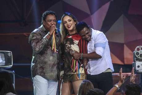 Beto Jamaica abraçando Claudinha