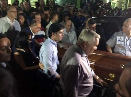 Thomaz foi enterrado no Cemitério Municipal de Pindamonhangaba, nesta sexta-feira