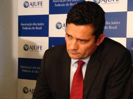 """Juiz Sérgio Moro vê """"com preocupação"""" os discursos de ódio em relação a presos e denunciados da operação Lava Jato"""