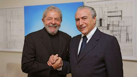 O ex-presidente Lula e o vice-presidente Michel Temer, que acaba de assumir a articulação política do governo