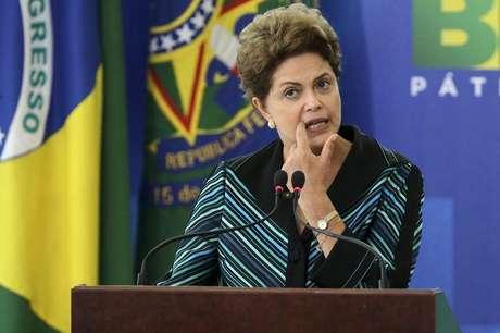 <p>Hashtag apoiando Dilma faz sucesso nas redes sociais</p>
