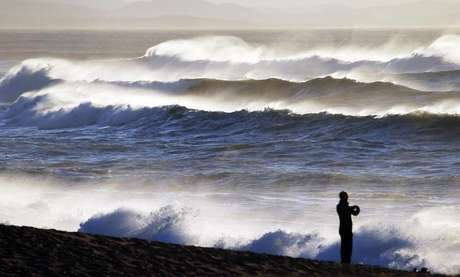 <p>Praia em Biarritz, na costa do Atlântico no sul da França em 2014</p>
