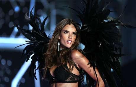 Alessandra foi descoberta por Dilson quando a modelo tinha apenas 11 anos