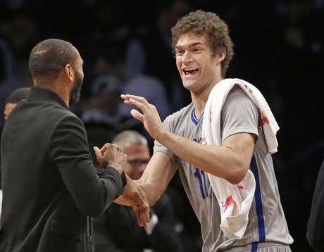 Brooklyn Nets, de Brook Lopez, avançou aos playoffs com a oitava posição do Leste