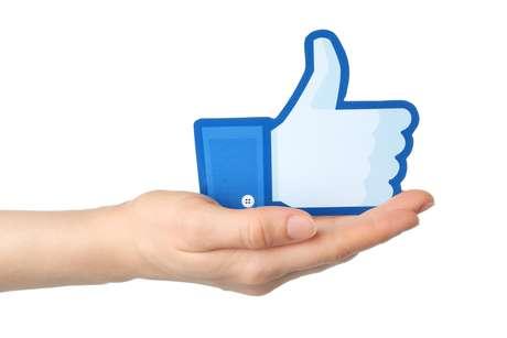 Patrocinar posts é uma poderosa ferramenta para a empresa ganhar mais cliques, curtidas, compartilhamentos e comentários