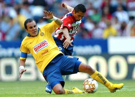 El 'Temo', en una de las Semifinales del Clausura 2007, cunado América eliminó a Chivas.