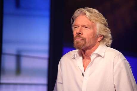 Richard Branson começou vendendo discos e hoje é dono de um império formado por centenas de empresas, incluindo uma agência de turismo espacial