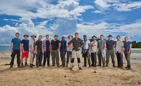Programa comandado por Bear Grylls testa capacidade de sobrevivência de homens e mulheres confinados em ilhas desertas