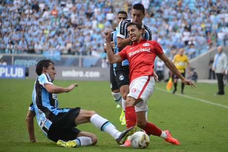 Grêmio e Internacional não saíram do zero na Arena em Porto Alegre