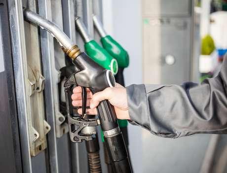 A semelhança entre os preços não significa necessariamente que está ocorrendo cartel, pode decorrer dos valores de compra e transporte do combustível, por exemplo