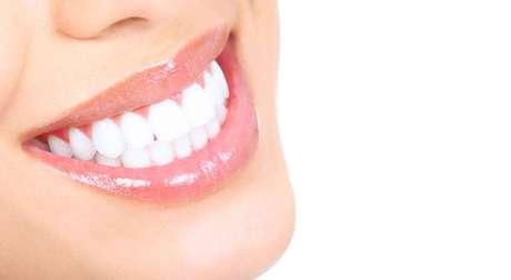 Por mais simples que pareçam, algumas técnicas apenas limpam mais os dentes, mas podem prejudicar a saúde bucal