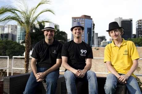 Os amigos Paulo Veras, Renato Freitas e Ariel Lambrecht uniram forças para criar o aplicativo 99Taxis