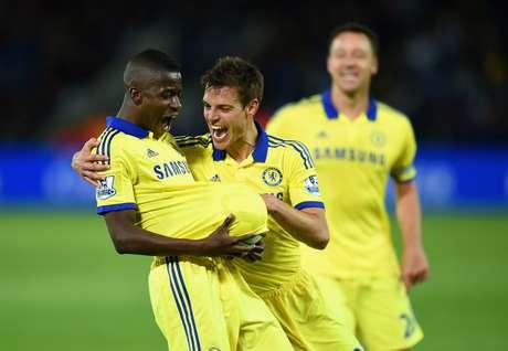 Ramires fez o terceiro gol da vitória que deixou time perto do pentacampeonato inglês