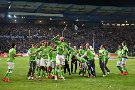 Wolfsburg pega o Borussia Dortmund na final