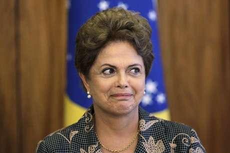 Rápida exibição de vídeo de Dilma no Jornal Nacional evitou novo panelaço contra a presidente