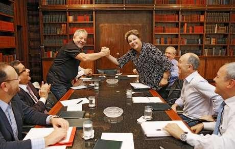 Lula e Dilma durante reunião no início do mês (04/05/2015)