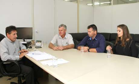 Gabriela Markus em atividade oficial como secretária-adjunta da pasta de Turismo do Rio Grande do Sul