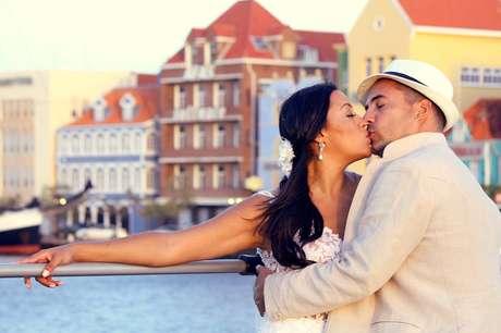 Jacson Vogel pediu Kizzy Bortolo em casamento em Curaçao, dois anos antes da união