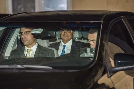 O governador de São Paulo, Geraldo Alckmim, chega ao casamento do cardiologista Roberto Kalil