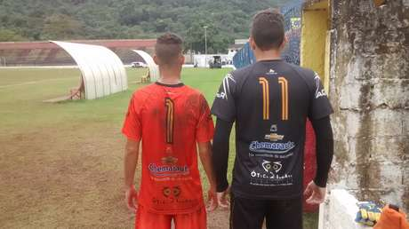 Goleiro é o camisa 11 no Manthiqueira, enquanto o capitão da equipe veste a 1
