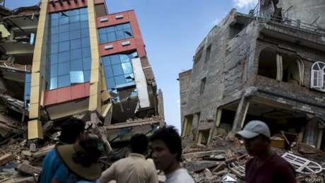 Nesta terça-feira, Nepal foi atingido por um tremor de magnitude 7,3 que deixou dezenas de mortos e centenas de feridos