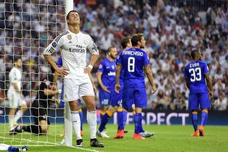 Cristiano lamenta chance desperdiçada do Real Madrid