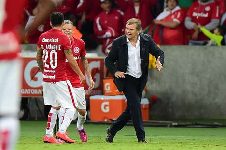 Aguirre vai poupar jogadores novamente