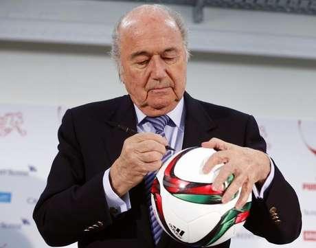 Joseph Blatter é o atual presidente da Fifa e vai tentar nova reeleição