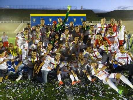 Tombense comemora título da Série D de 2014; mudanças no torneio à vista