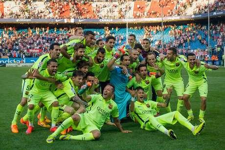 Barcelona foi campeão espanhol pela 23ª vez na história - ainda está nove taças atrás do Real Madrid