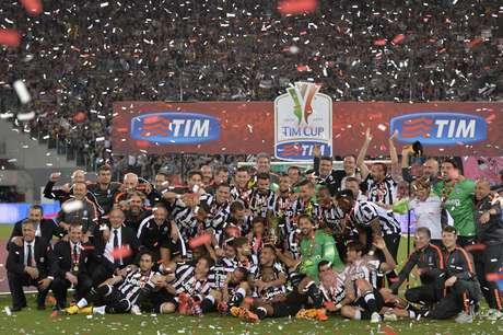 Juventus fez festa com trofeu da Copa da Itália após 20 anos