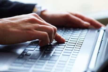 A declaração pode ser feita na internet e não requer pagamento de nenhuma taxa ou imposto adicional