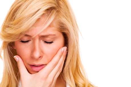 Para muitas pessoas os dentes do siso causam incômodos e inflamações que, quando não tratadas, podem levar a morte