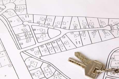 Antes de dar qualquer sinal ou reserva, o consumidor deverá verificar na Prefeitura se não há qualquer restrição quanto a construção