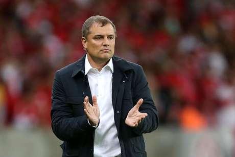 Aguirre ainda não ensaiou Inter para pegar Santos