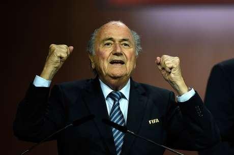 Joseph Blatter foi reeleito presidente da Fifa na última sexta-feira