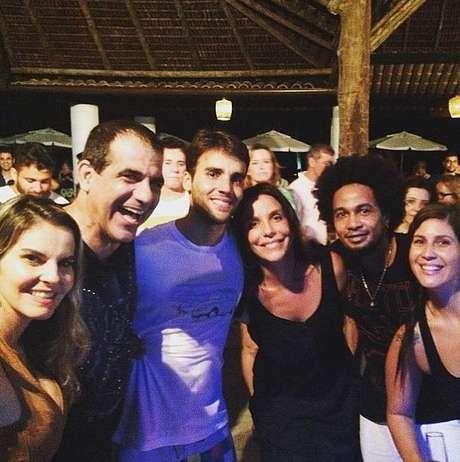Fãs e colegas de trabalho de Ivete também estavam na festa