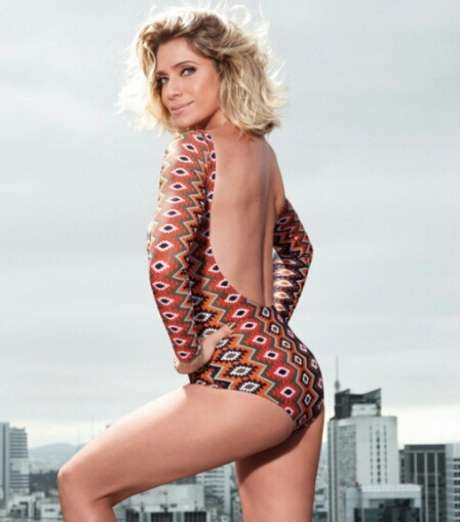 Letícia Spiller estrela capa da Corpo a Corpo