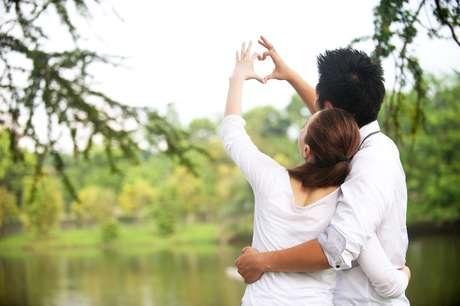Muita gente nem desconfia é que amar também faz muito bem à saúde. Pelo menos é o que garante uma série de pesquisas recentes sobre o tema