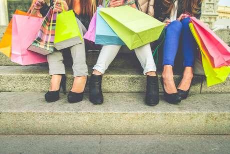 A maioria das situações do nosso dia a dia são relacionadas ao consumo por isso precisamos saber nossos direitos