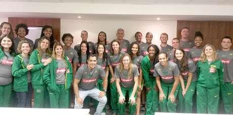 Seleção feminina de basquete iniciou os preparativos para o Pan de Toronto