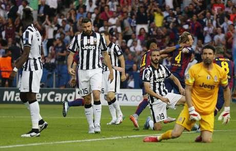 Buffon e Juventus lamentam gol de Rakitic do Barcelona